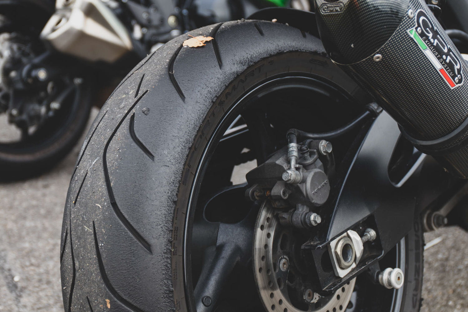 The best tyres for sports bikes and super nakeds? Dunlop Sportsmart Mk3